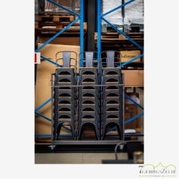 Tolix Stuhl, Stahl schwarz; mit Rückenlehne